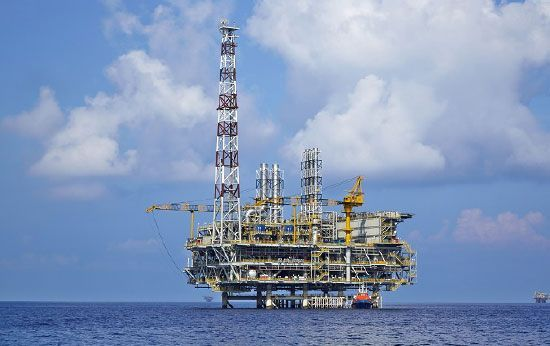 Offshore Structural Dynamic Monitoring