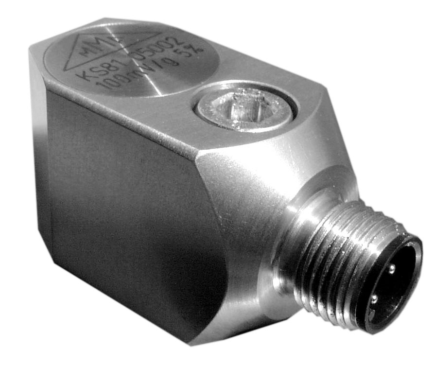 Through hole mounting industrial accelerometer